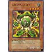 HL05-EN002 Green Gadget Holographic Rare